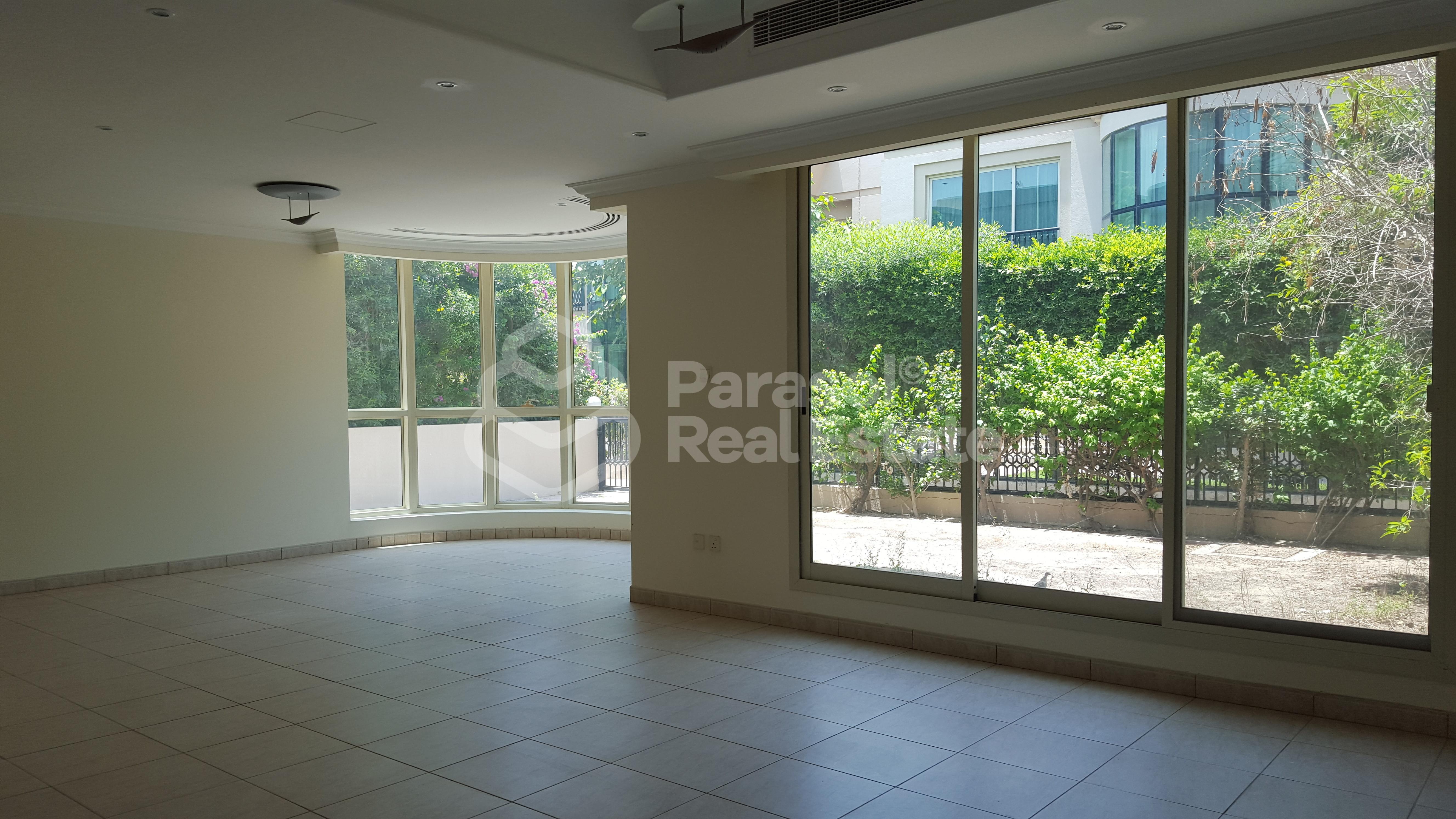 very-spacious-with-facilities-5br-compound-villa