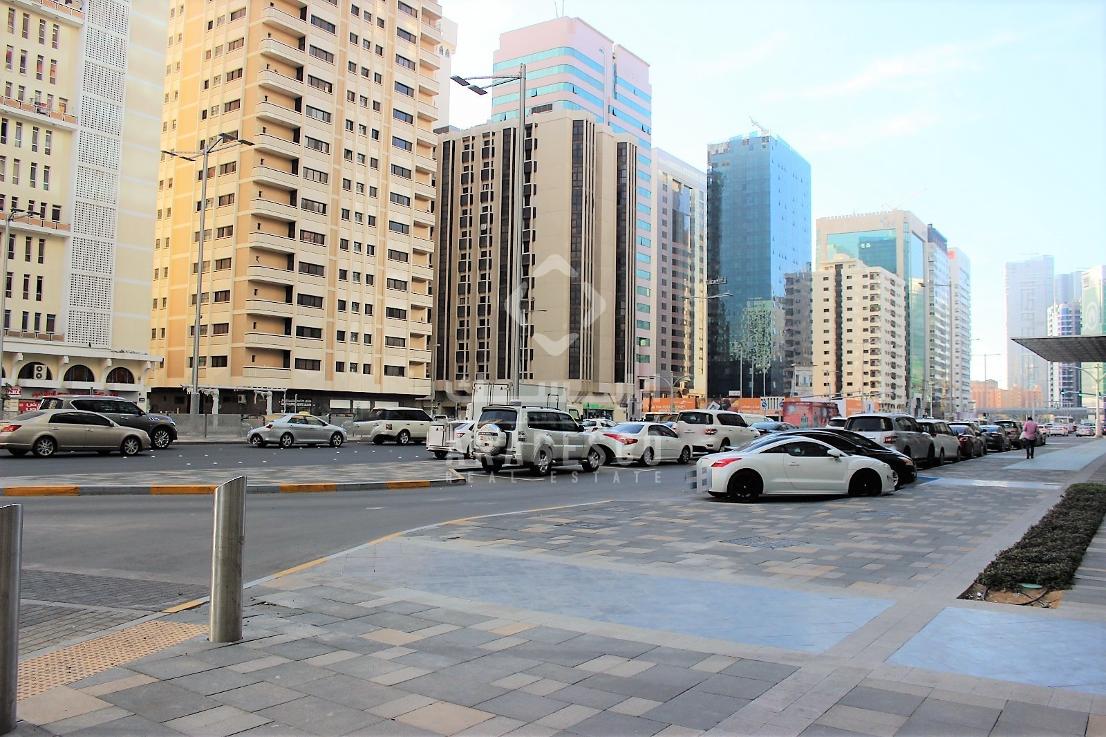 Abu Dhabi, Al Salam Street,