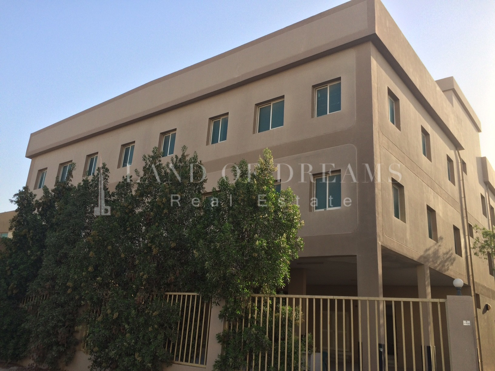 5-to-99-rooms-in-new-camp-at-jebel-ali-3