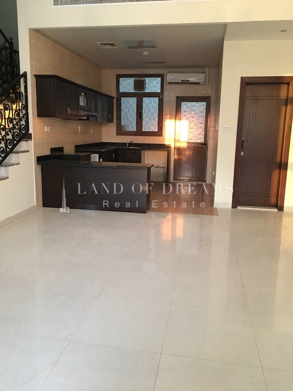 2-bed-townhouse-i-with-roof-terrace-liwan