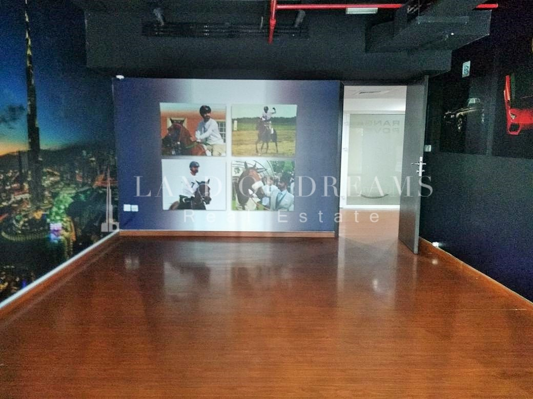 excellent-investment-fitted-shop-jlt