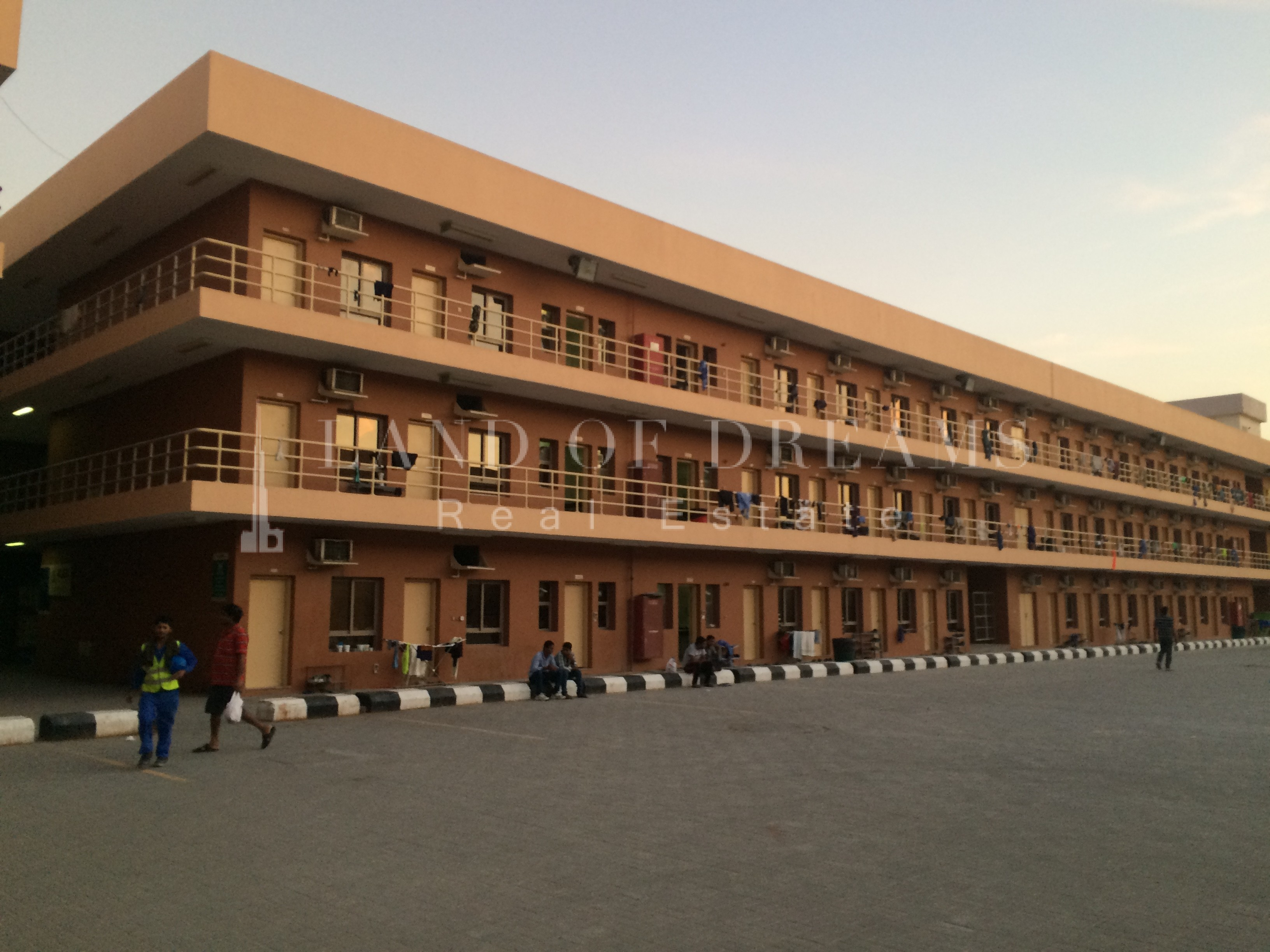 5102050100150-upto-500-rooms-available