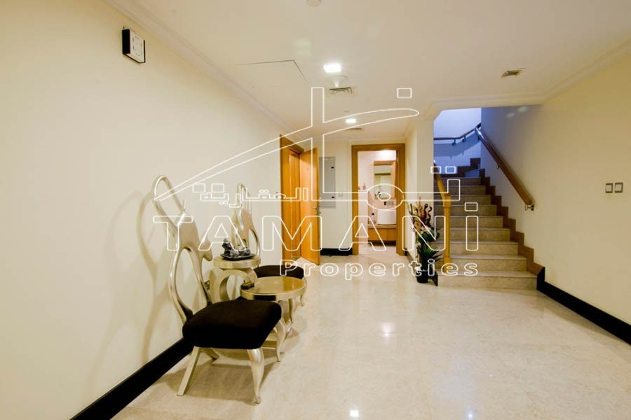 Large Layout Upgraded Garden Villa   Best Location - Executive Towers