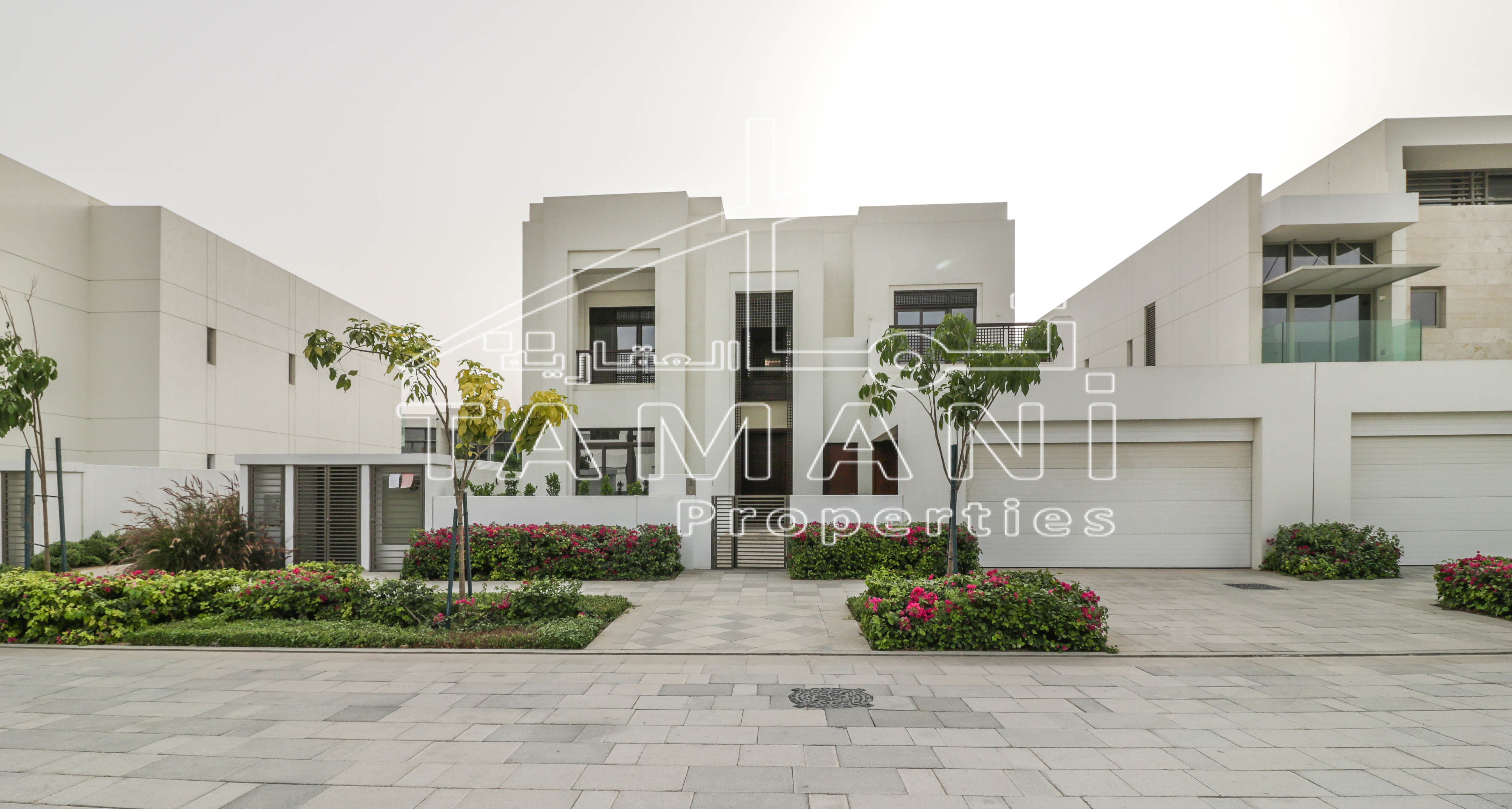 Modern Arabic 4BR Brand New Under Warranty – District One