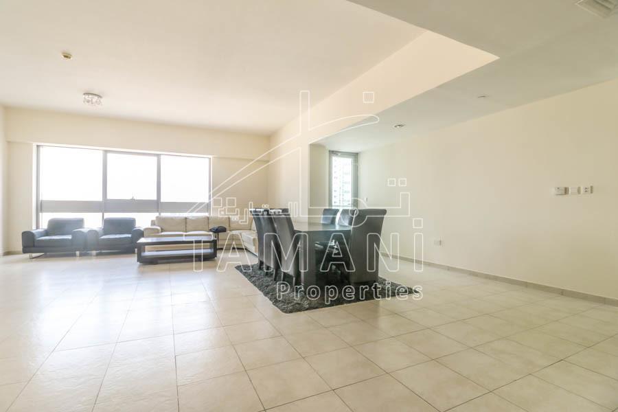 Big 2 Bedroom Spreciuos layout SZR & Sea view - Executive Towers
