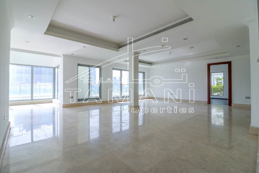 Triplex 4 BR Podium Villa | Upgraded Facing Park - Executive Towers