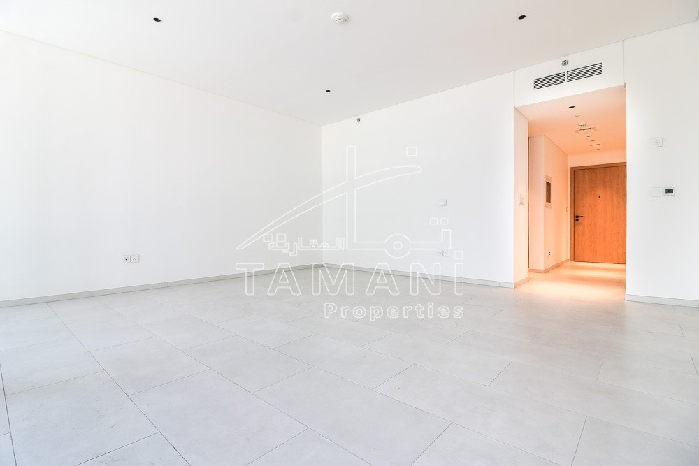 700 SqFt BrandNew Studio with Kitchen App - Marquise Square Tower