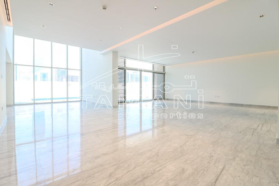 Big plot 5BR Villa wth Burj Khalifa View - District One