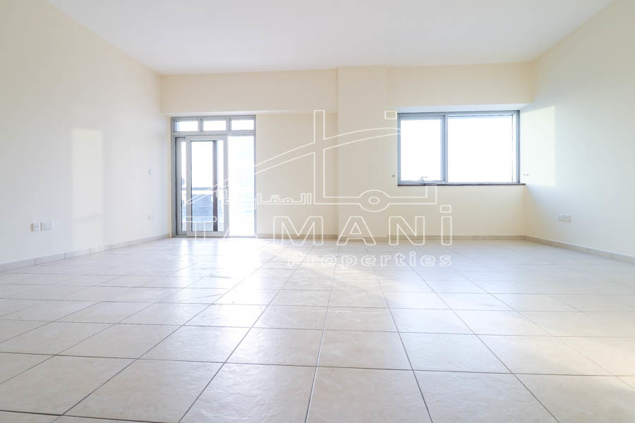 Unbreakable deal 2Br High Floor Sea View - Executive Towers