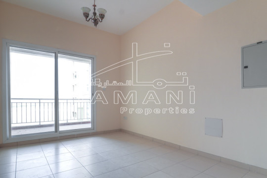 345K only! Corner Unit | 1 BR with Balcony - Queue Point