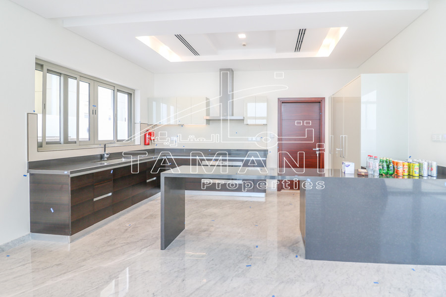 7600 sq. ft. Open view 4 BR Contemporary - District One