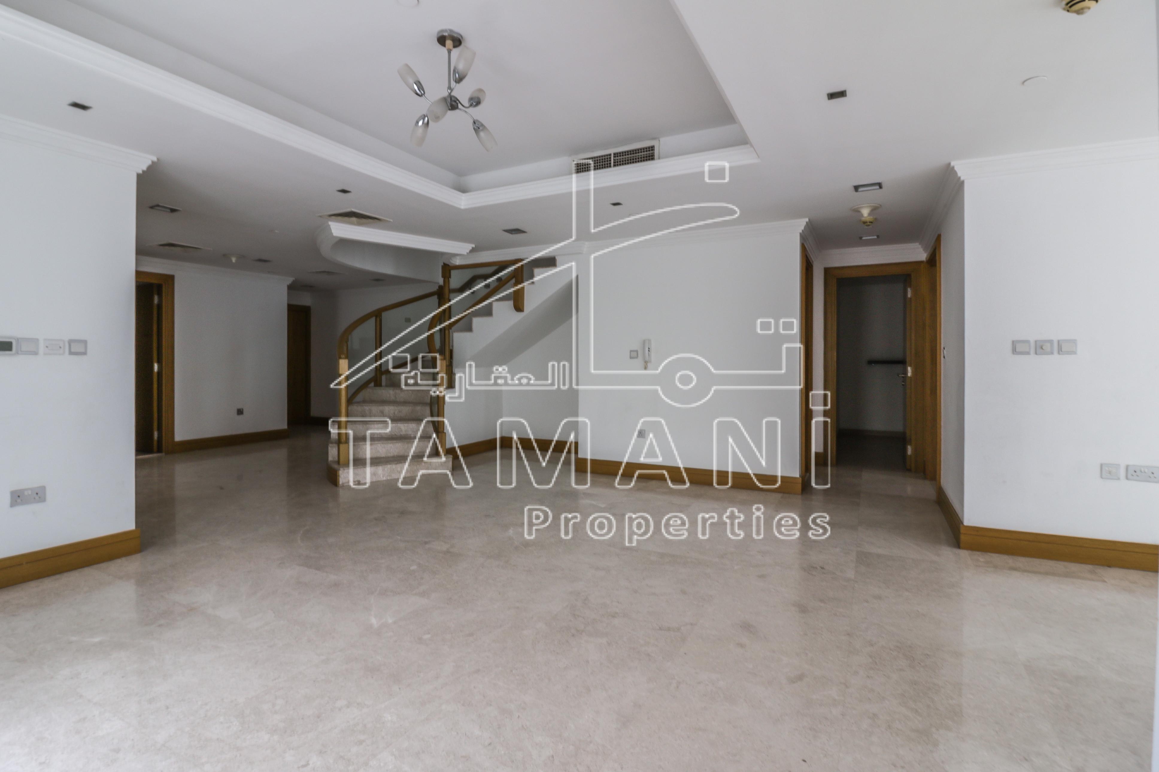 Duplex En-suite 4br  Maid room   storage – Executive Towers