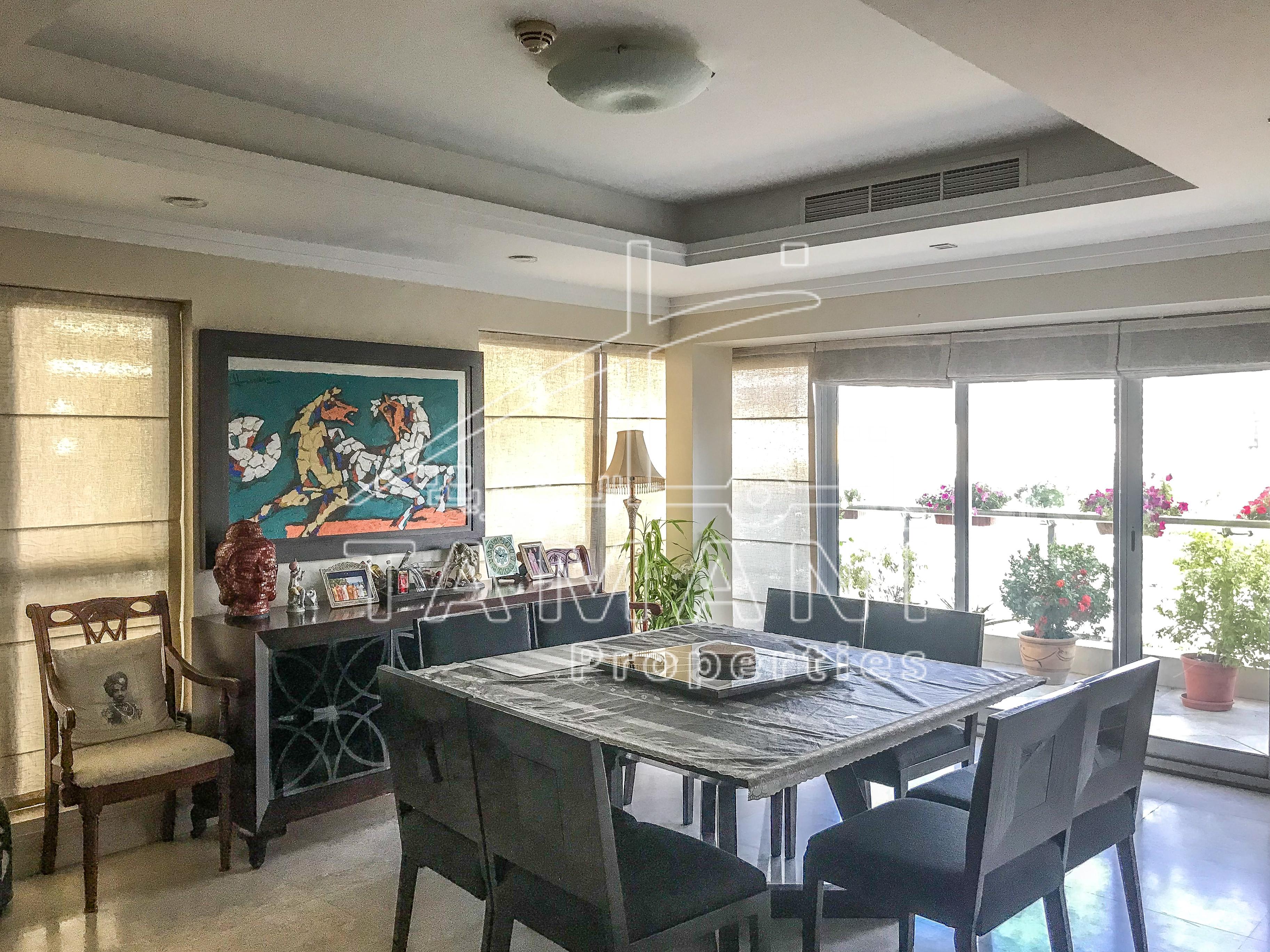 DUPLEX 4 BEDROOM WITH BURJ KHALIFA VIEW. - Executive Towers