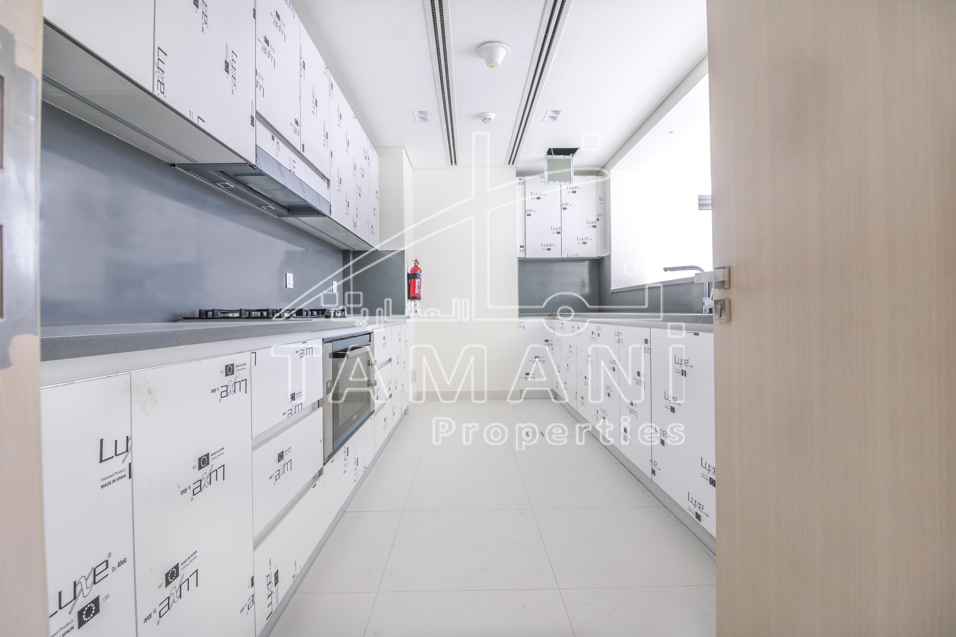 3 Bedrooms w/ Full Lake View Corner Unit - Mada Residences by ARTAR