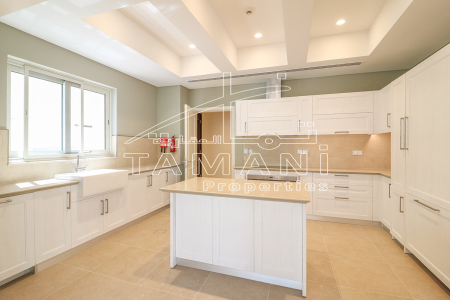 4 BR Mediterranean with Storage and Maid - District One