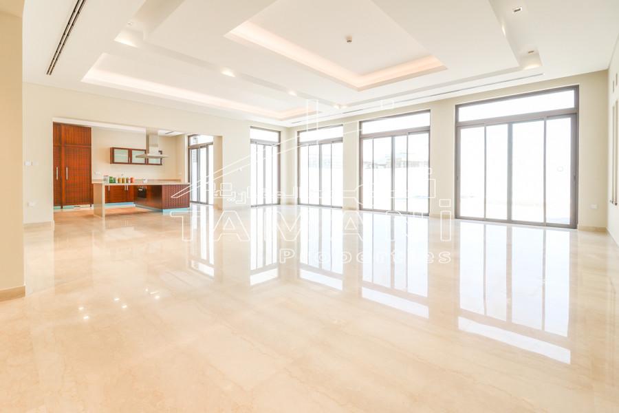 32000 Sqft plot 8 Bedroom Mansion Lagoon - District One
