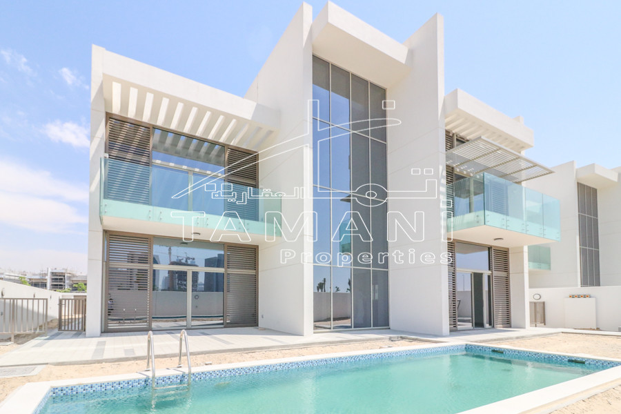 Brand New 4 BR Contemporary Large Garden –