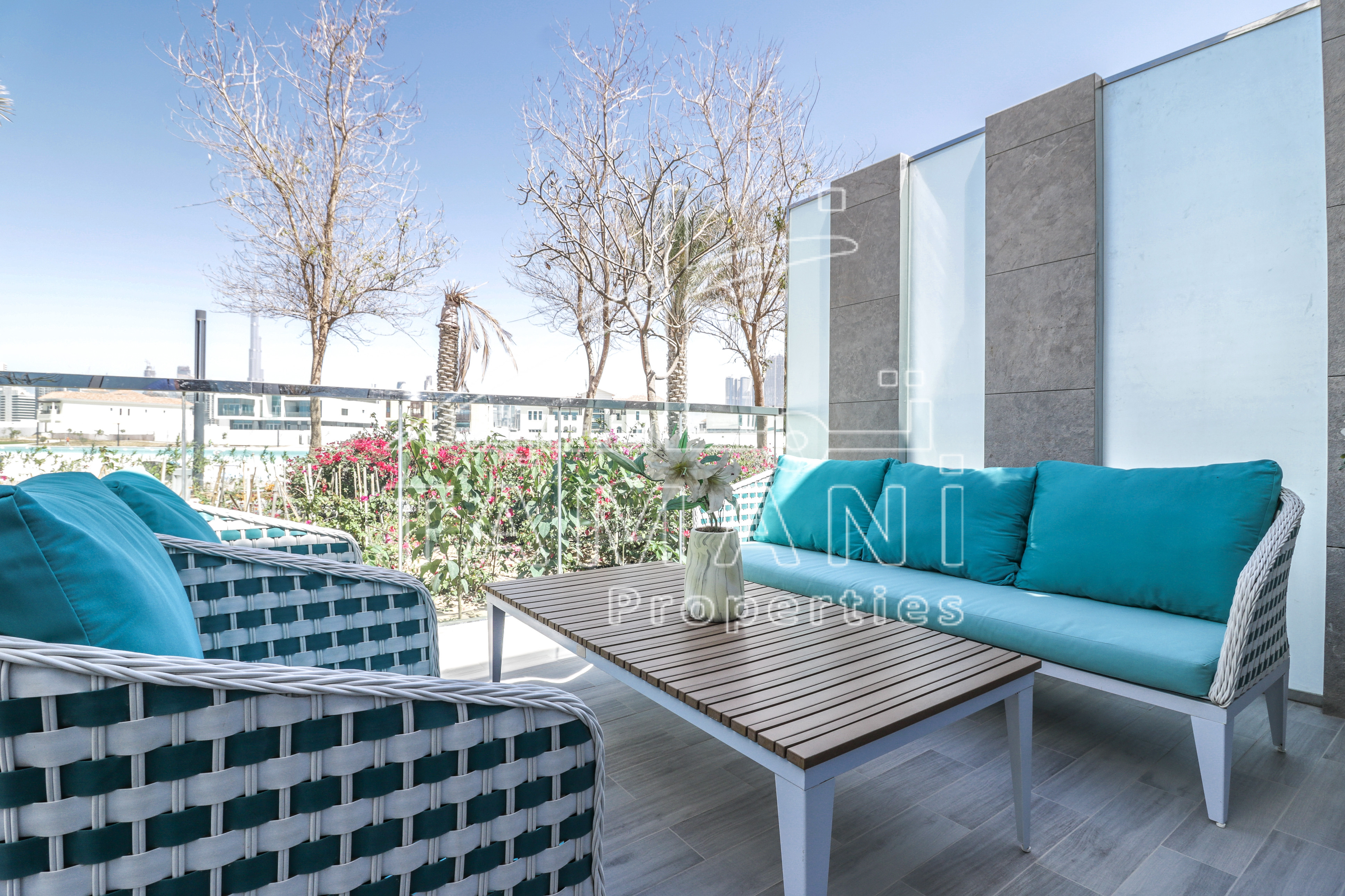 Crystal Lagoon View Water Front House – The Residences at District One