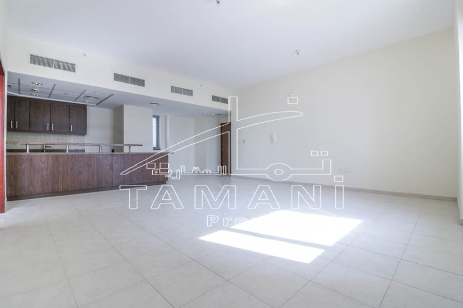 1 Bedroom | Biggest layout | Near Metro – Executive Towers