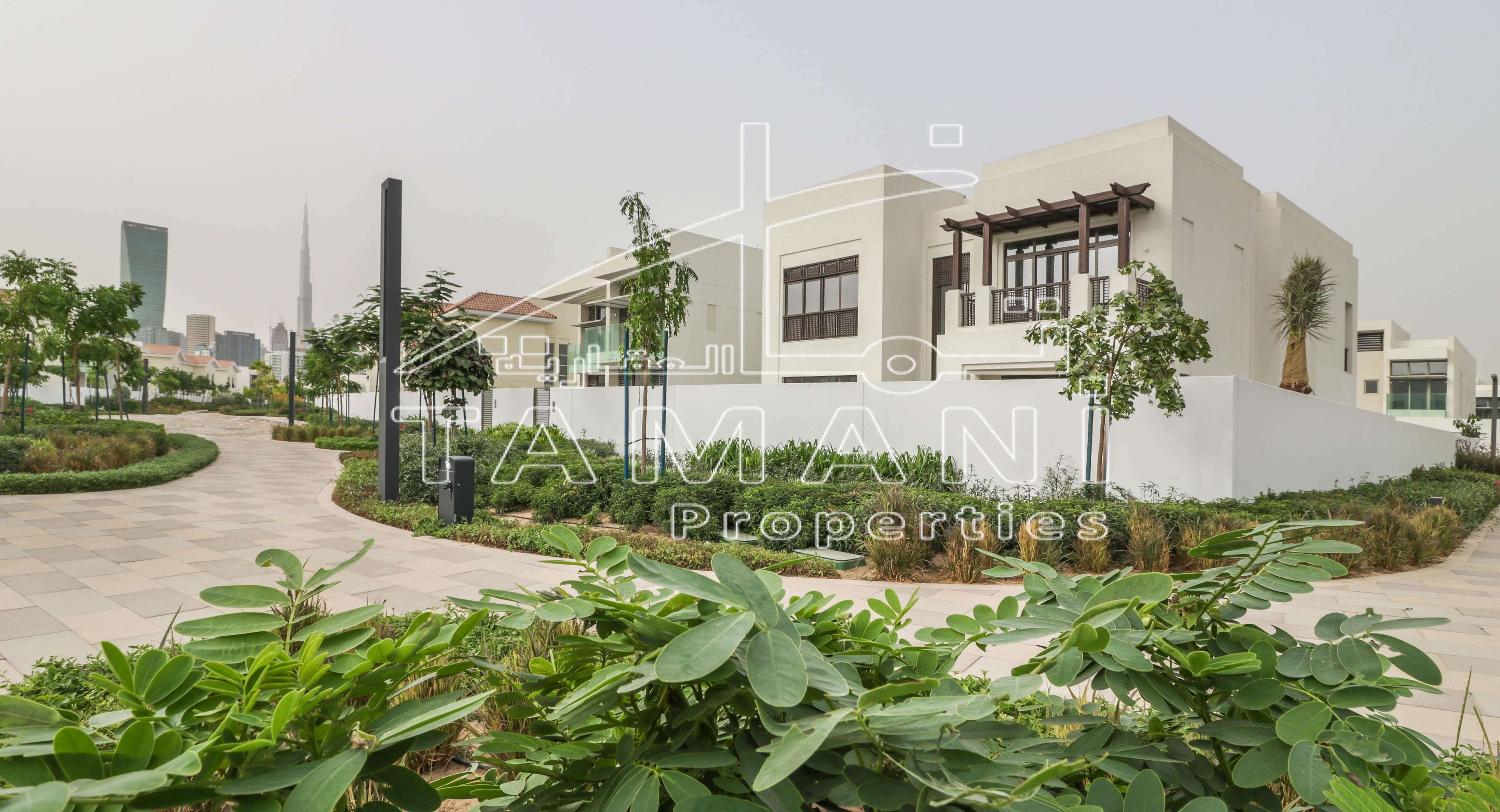 Modern Arabic 4BR Brand New Under Warranty - District One