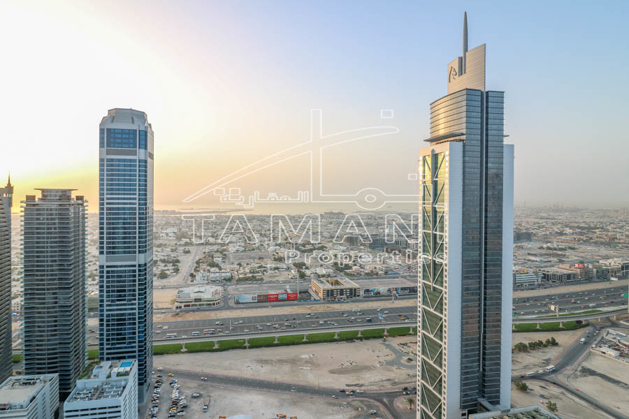 Unbreakable deal 2Br High Floor Sea View – Executive Towers