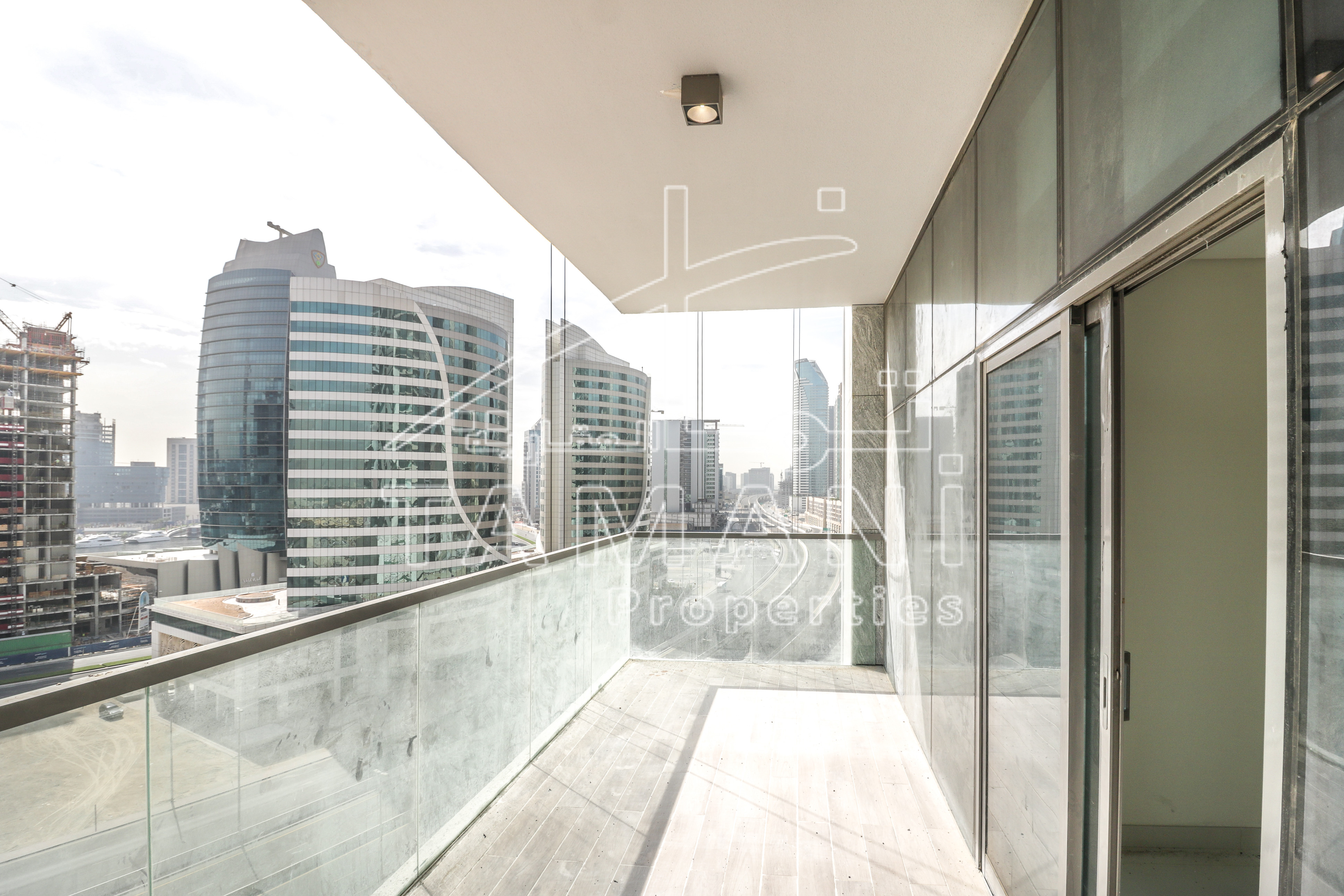 Brandnew 3BR Corner Unit with Lake View Downtown – Mada Residences by ARTAR