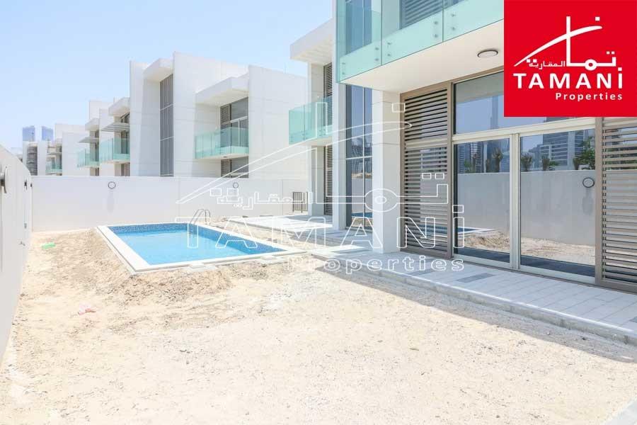 Corner 5BR Contemporary Villa, Huge Plot -
