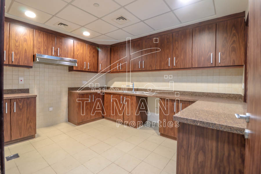 Very spacious 3 Bedroom plus maid in TET - Executive Towers