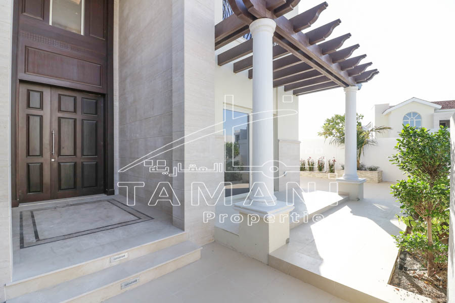 Only 9 M Best Price 5 Beds Mediterranean - District One