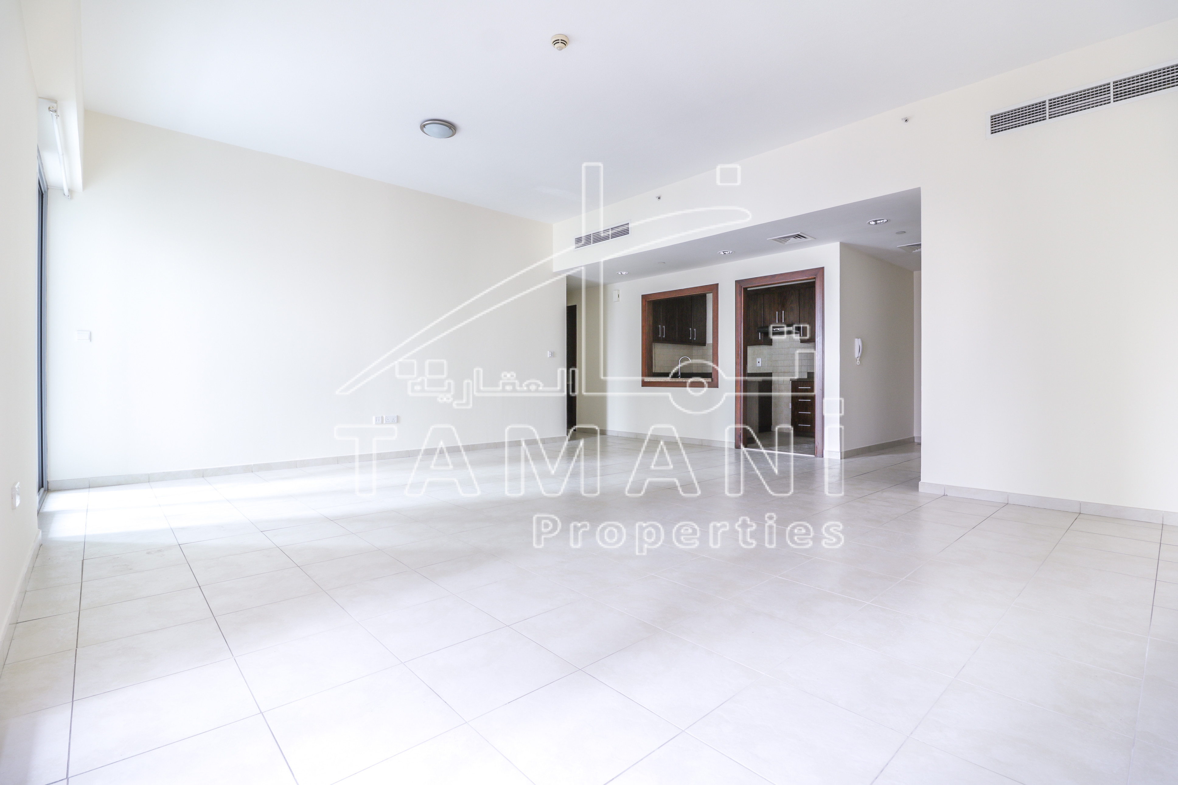 Specious 2Bedrooms Close to Metro   High Floor - Executive Towers