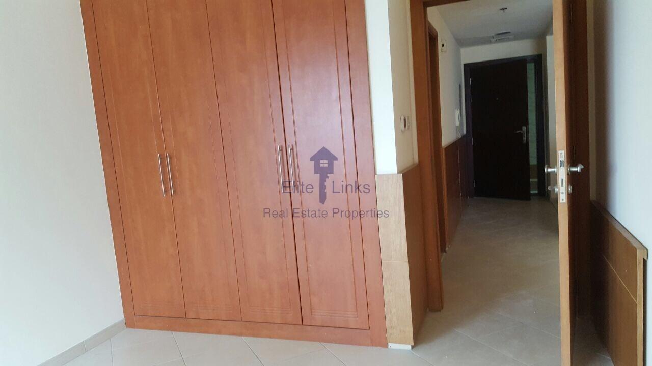 Lowest Price 1BR Dubai Marina 75k