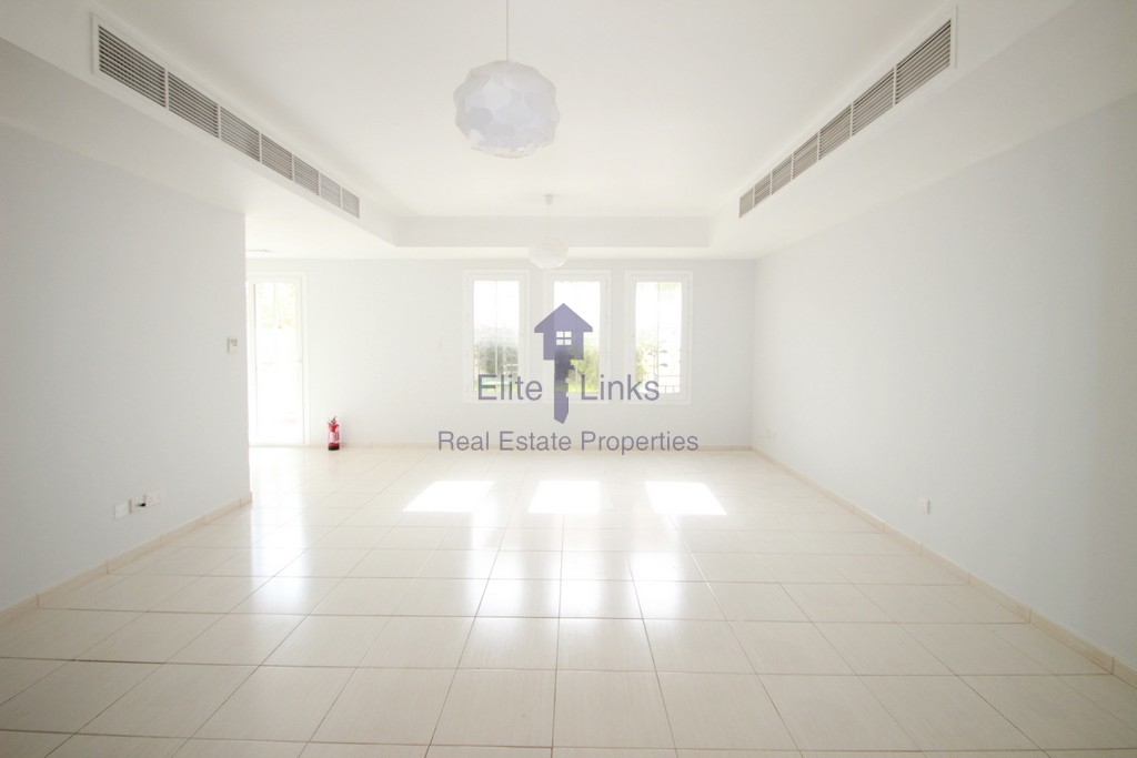 Type 3M(3+S)Rented!!!!Back to Back Villa