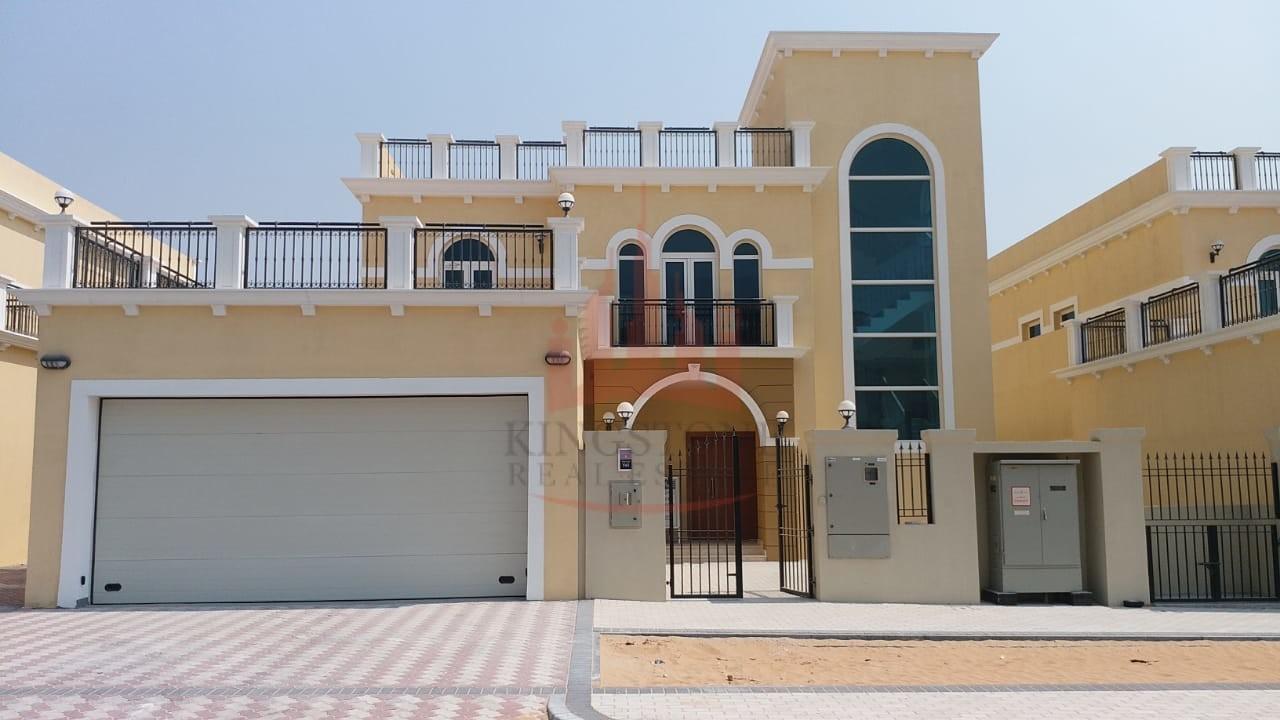 Brand new Nova Villa - Jumeirah Park with Pool & Garden