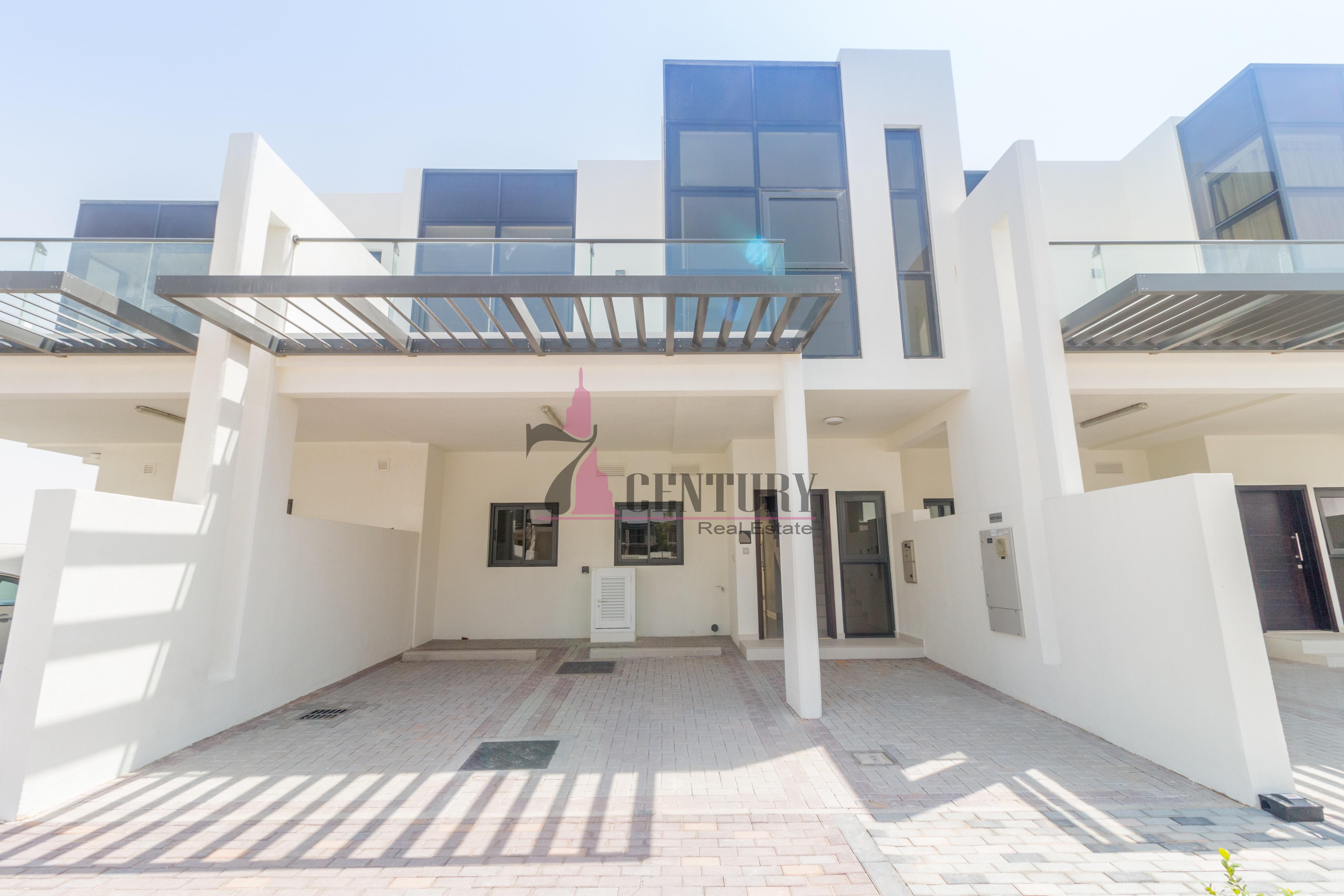 brand-new-unit-4-brm-villa-with-big-plot
