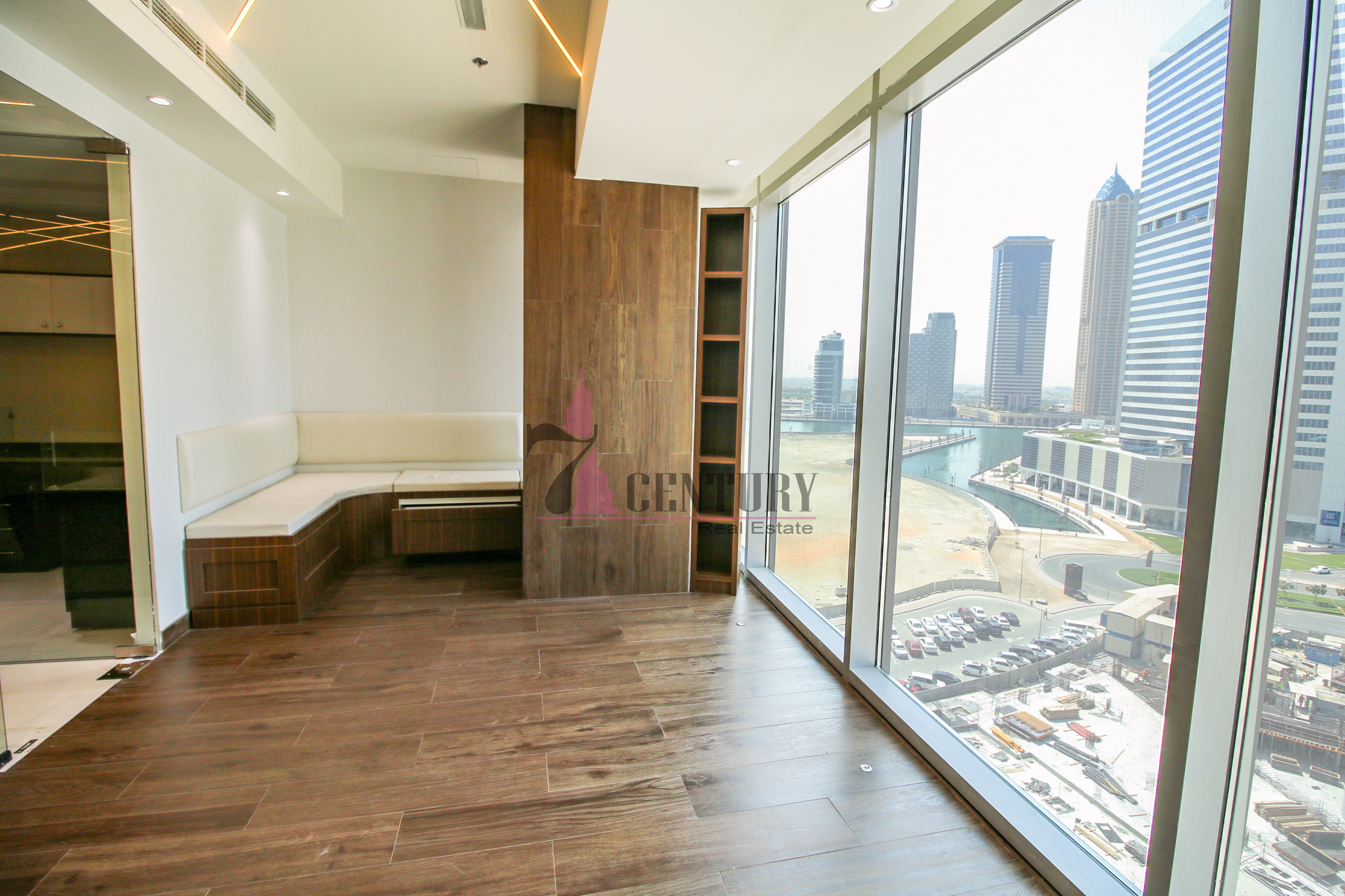 high-luxury-design-fitted-city-view-binary