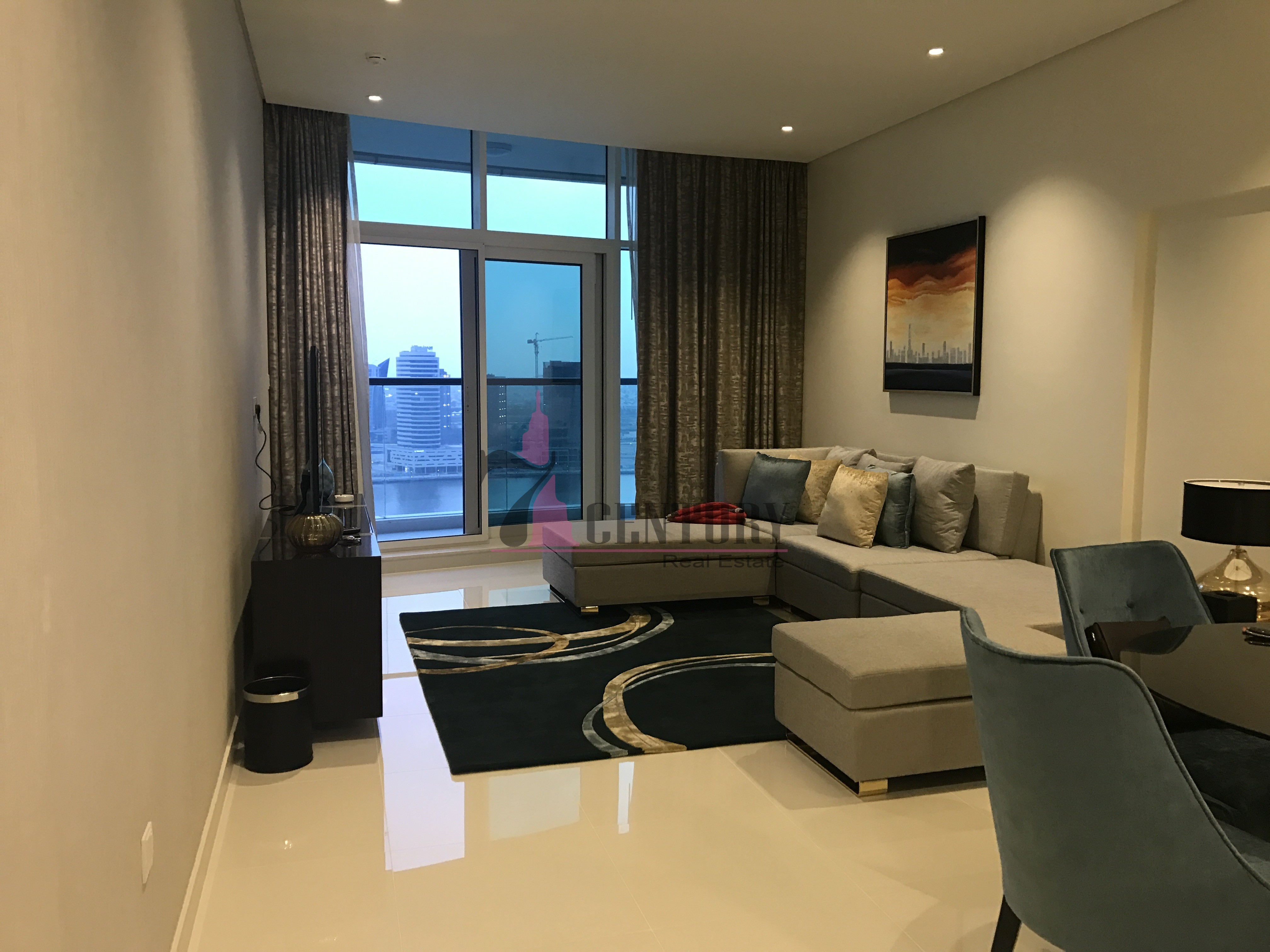 2-bedroom-hotel-apartment-with-canal-view