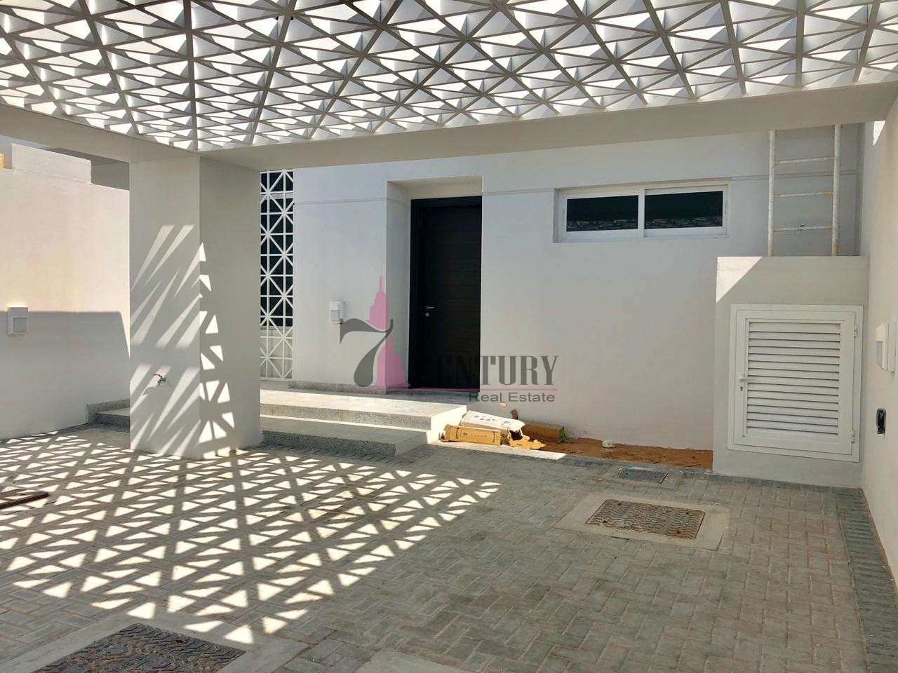 brand-new-3br-townhouse-in-arabella-for-renting