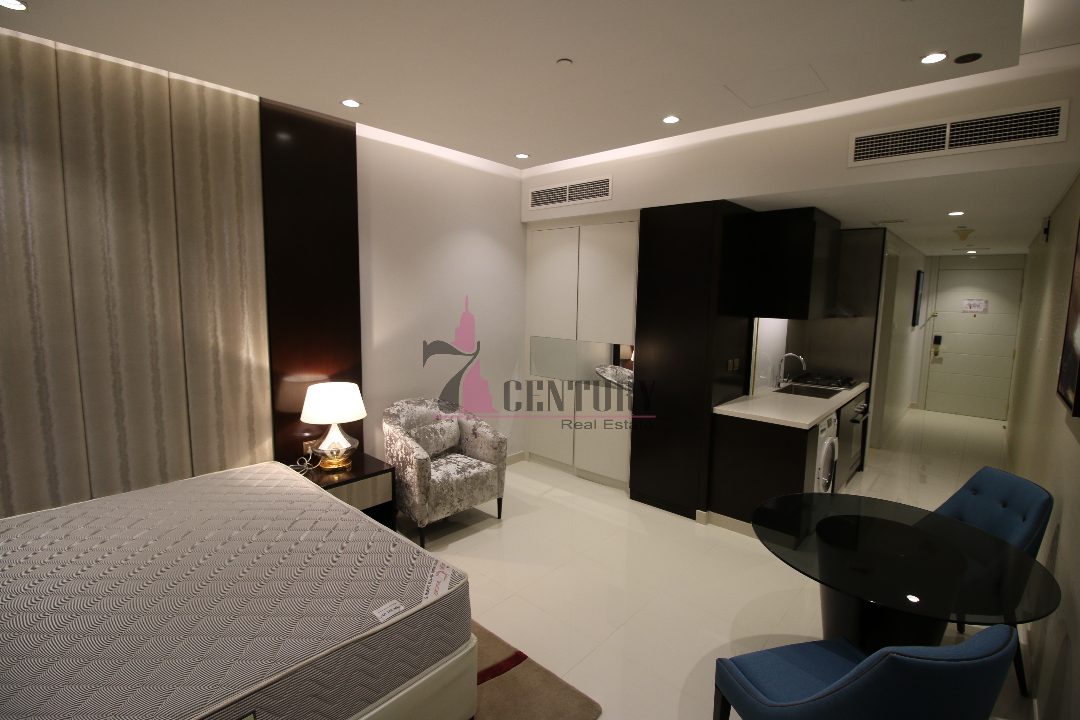 fully-furnished-studio-upper-crest-downtown