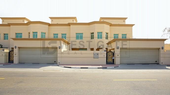 1-month-free-5br-villa-with-garden-jumeirah