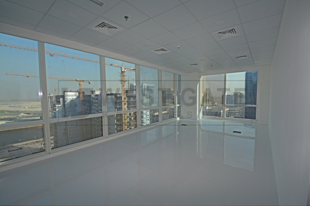 exclusive-fully-fitted-panoramic-office
