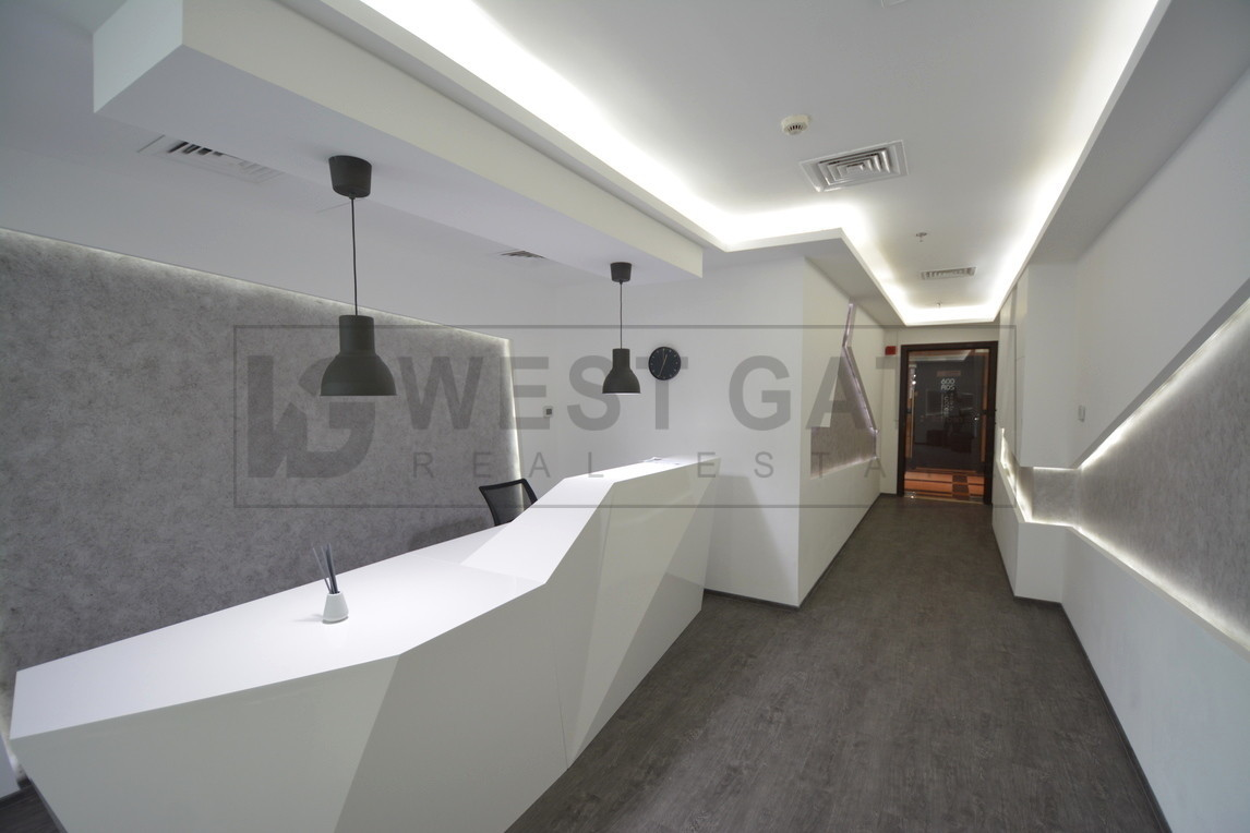 fitted-2-parking-spaces-aed-850sqft