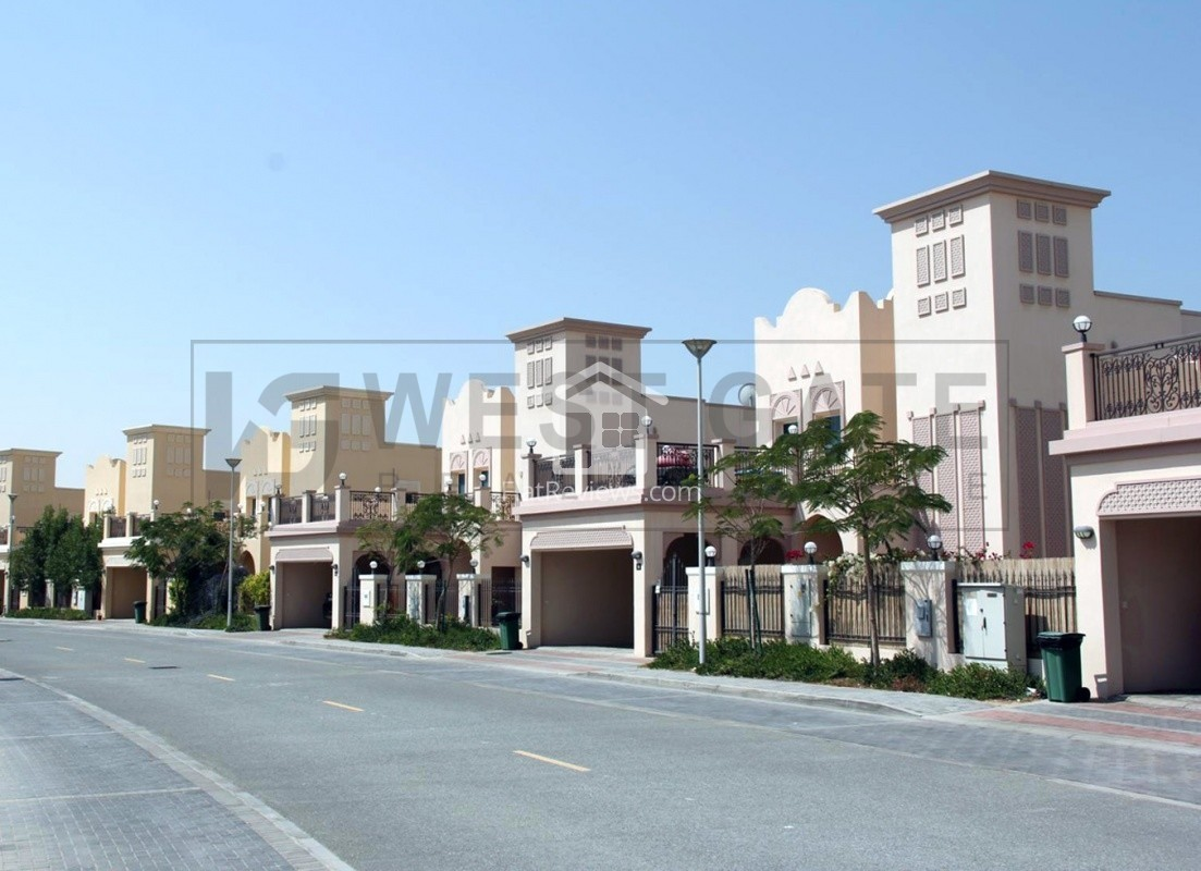 aed-110-psf-building-plot-mixed-use