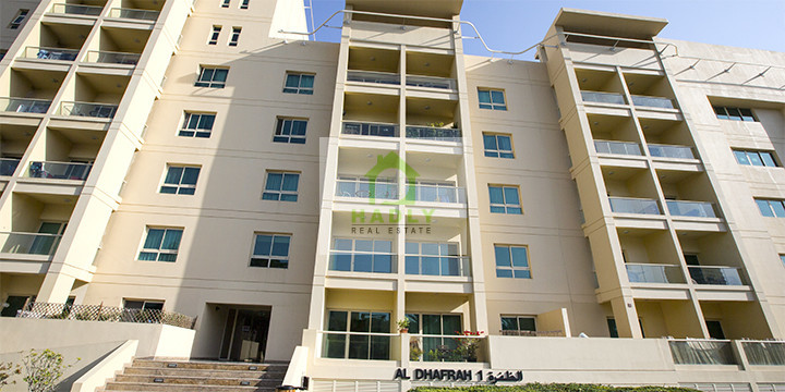 1 Bedroom Apartment in the Greens in Al Dhafrah 2, Dubai