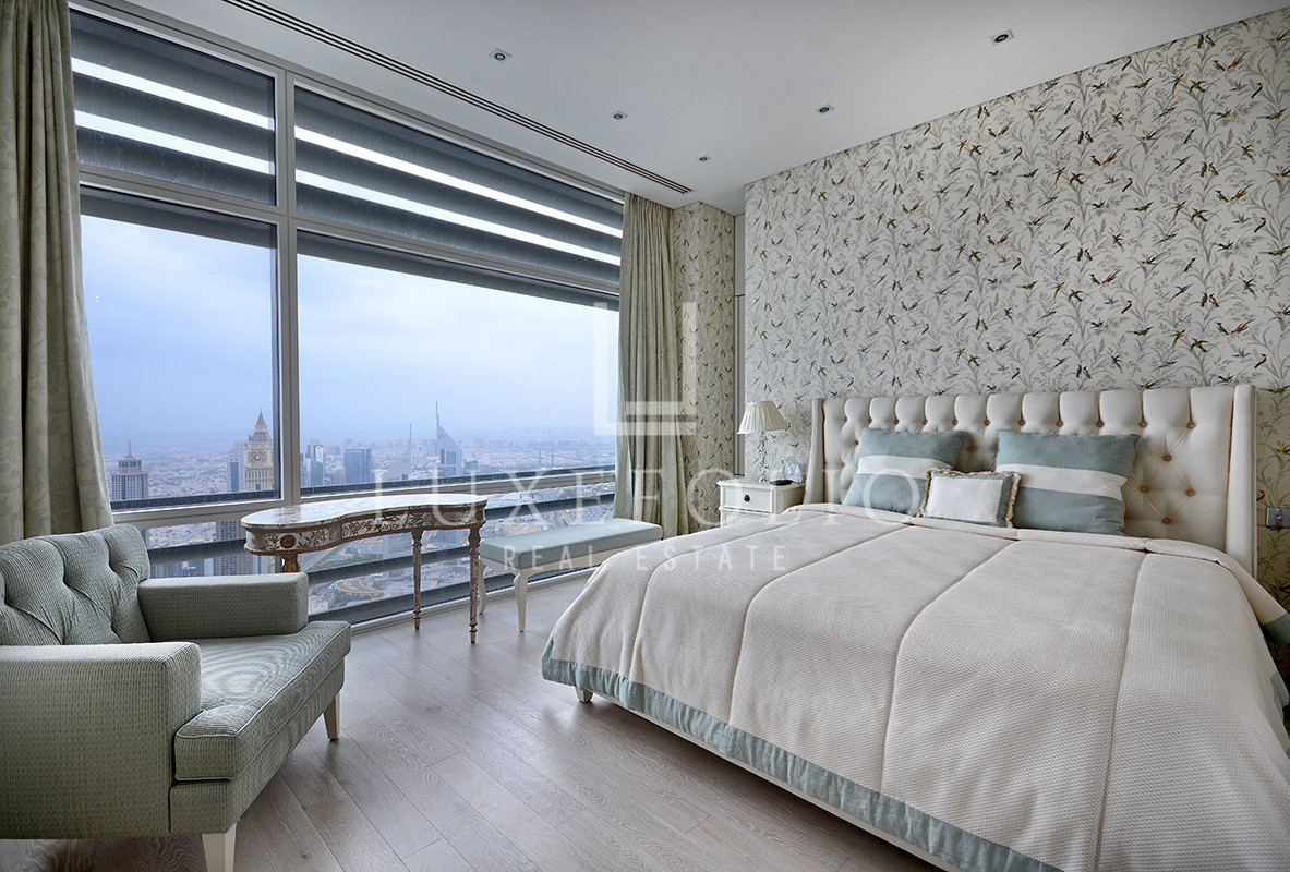 Upgraded Furnished Penthouse In Index Tower