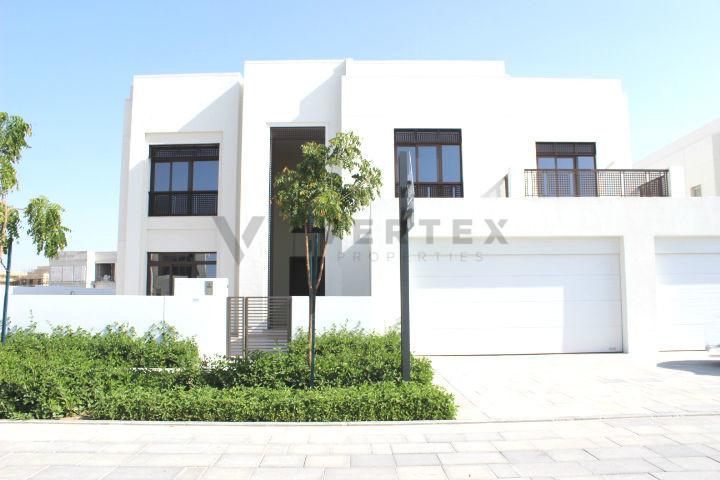 corner-modern-arabic-villa-burj-khalifa-view