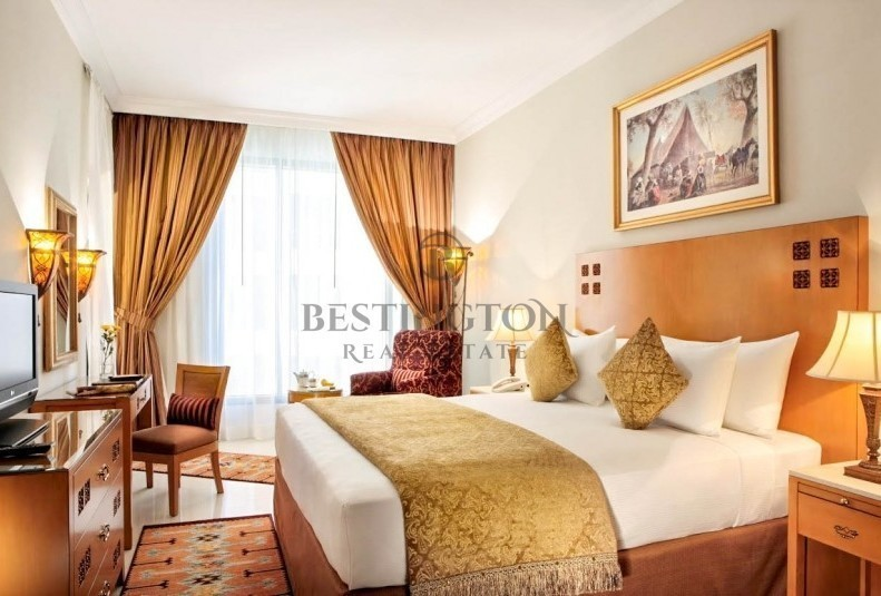 1br-next-to-metro-station-4-star-hotel