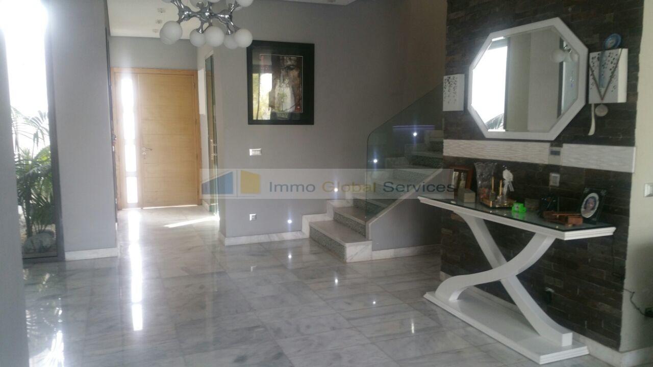 Location <strong>Villa</strong> Bouskoura Casa Green Town <strong>300 m2</strong> - 3 chambre(s)
