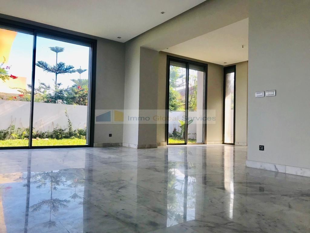 Location <strong>Villa</strong> Bouskoura Casa Green Town <strong>600 m2</strong> - 3 chambre(s)