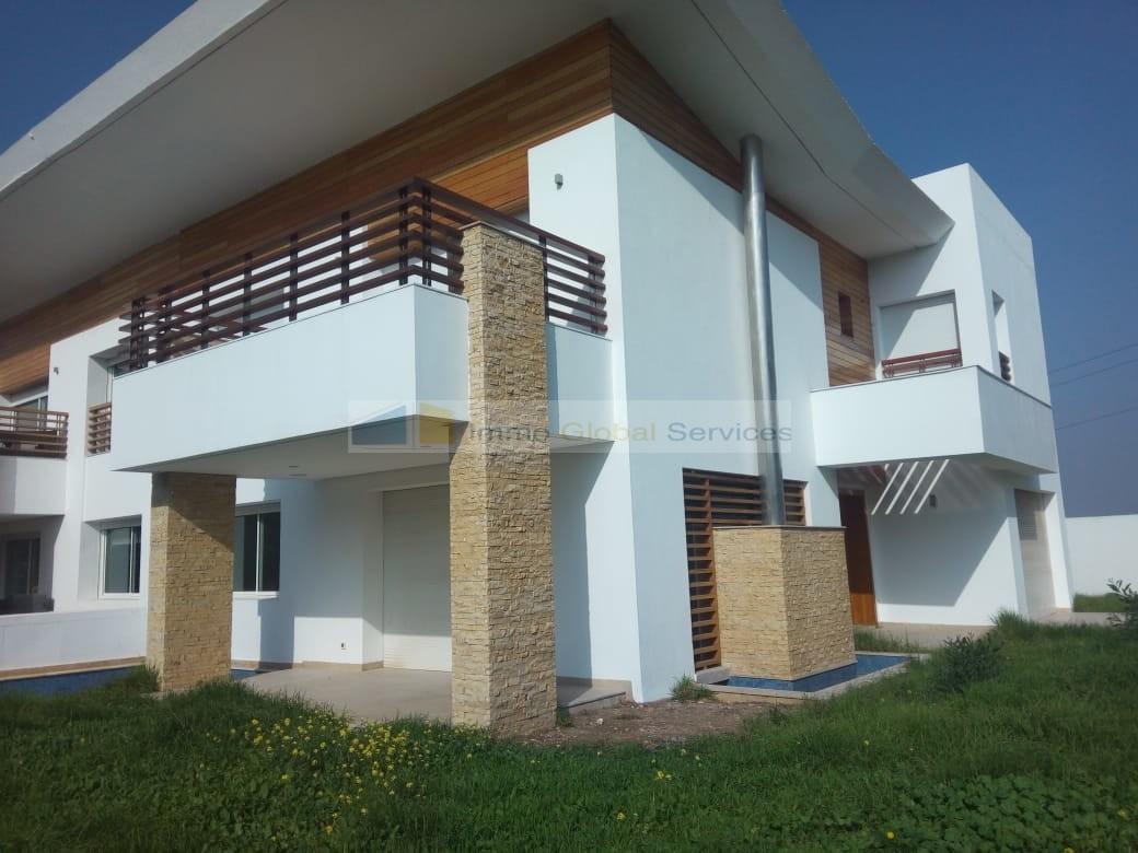 Location <strong>Villa</strong> Bouskoura Bouskoura <strong>600 m2</strong> - 4 chambre(s)