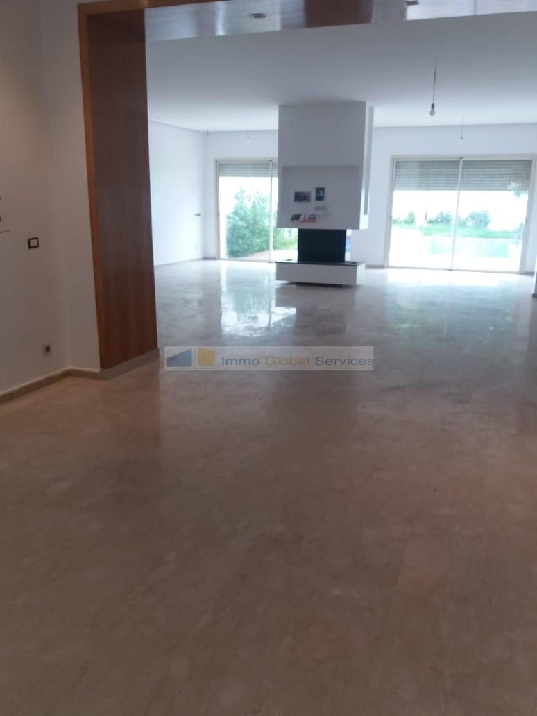 Location <strong>Villa</strong> Bouskoura Casa Green Town <strong>400 m2</strong> - 3 chambre(s)